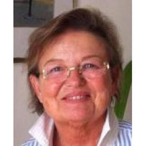 Claudine, 63 ans, propose ses services de livraison