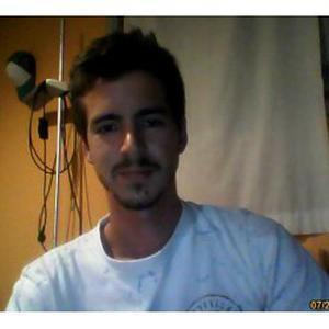 Thomas, 26 ans, bientot diplomé en kinésithérapie, cherche job étudiant