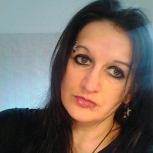 Marianne, 39 ans cherche des heures de ménage chez les particuliers