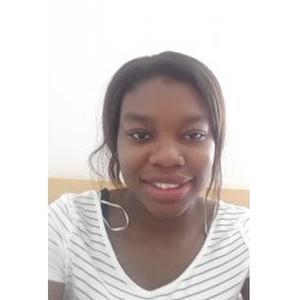 Jumara, 22 ans, professeur de langue portugaise