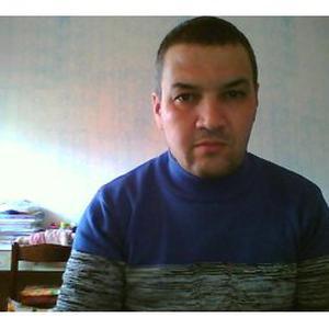 Khellout, 42 ans électricien à Marseille