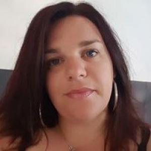 Veronique, 31 ans cherche à garder des enfants