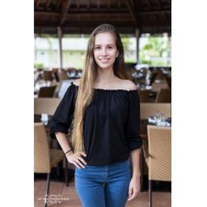 Elodie, 21 ans baby-sitter