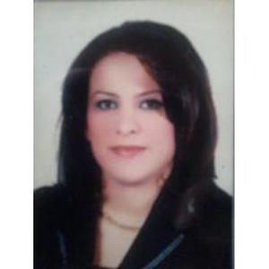 Nada, 37 ans, propose des cours d'arabe