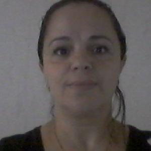 Fouzia, 42 ans recherche des heures de ménage