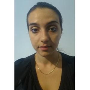 Lauriane, 21 ans propose de faire les courses