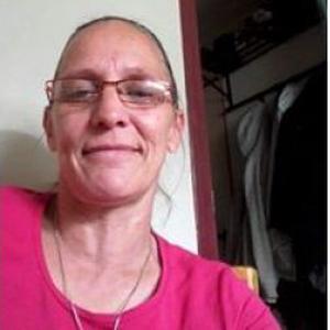 Dominique, 48 ans cherche ménage chez les particuliers