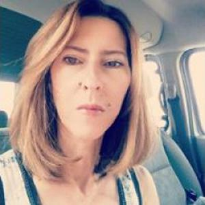 stephanie, 40 ans
