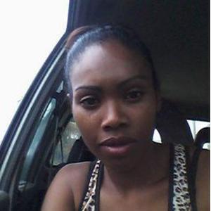 Honorine, 28 ans cherche un emploi d'aide à dom