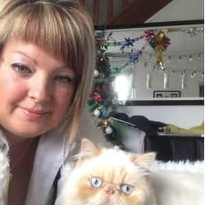 Aline, 26 ans, propose ménage