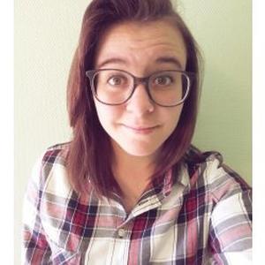 Marina, 18 ans propose de garder des enfants à Angers