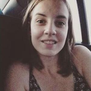 Charlotte, 20 ans cherche un emploi d'aide à la personne