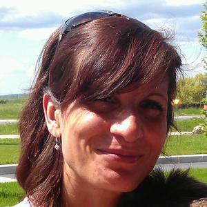 Corinne, 44 ans propose ses services aux seniors