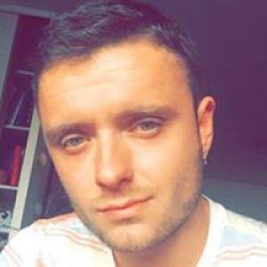 Quentin, 25 ans masseur à domicile
