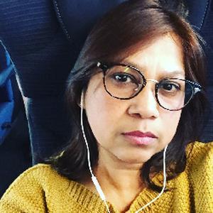 Saira, 47 ans cherche un emploi d'auxiliaire de vie