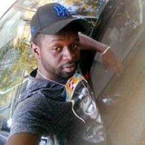 Johan - Geraud, 26 ans, propose assistance administrative