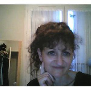 Valérie, 49 ans cherche un travail d'aide ménagère