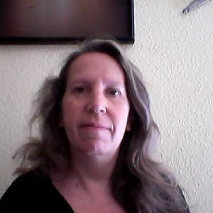 Catherine, 52 ans propose des services d'entretien