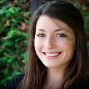 Manon, 23 ans, propose service de Designer et photographe - Régions Est France.