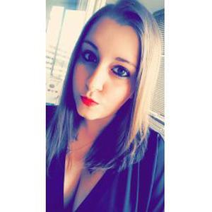 Elodie, 24 ans, propose aide aux personnes âgées