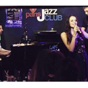 Chanteuse de jazz et soul donne des cours de chant et technique vocale à Paris
