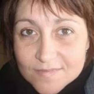 Christelle, 42 ans propose son aide aux seniors