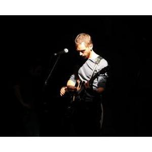 Musicien pro propose cours de guitare sur Maisons-Alfort