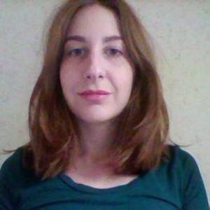 Alison, 25 ans cherche des heures de baby-sitting