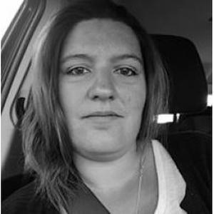 Elodie, 31 ans cherche un emploi de ménagère