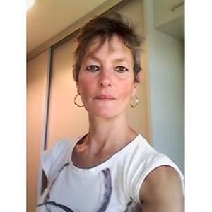 Isabelle, 54 ans, propose ménage