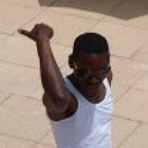 Fredy, 38 ans donne des cours de danse