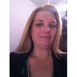 elizabeth, 40 ans