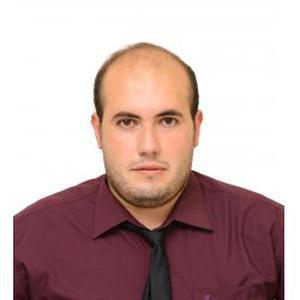 Riad, 26 ans master I physique