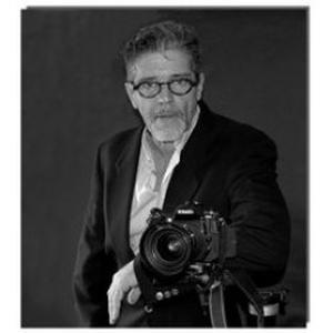 Antoine, 56 ans photographe à Toulon