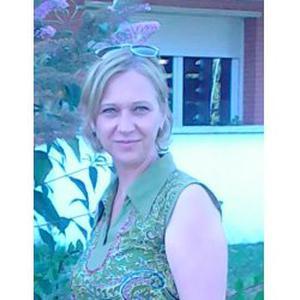 Adriana, 46 ans cherche des heures de ménage