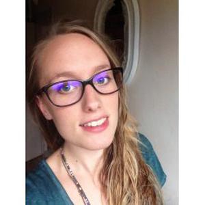 Elidie, 20 ans souhaite garder des enfants