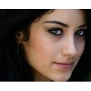 Kahina , 29 ans