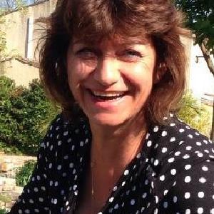 Pascale, 54 ans, Auxiliaire de vie / Aide à domicile bilingue (Français-Anglais).