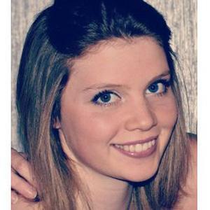 Mégane, 21  ans, propose aide aux devoirs sur Bordeaux