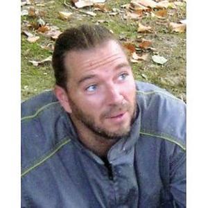 Ivan, 43 ans, propose jardinage