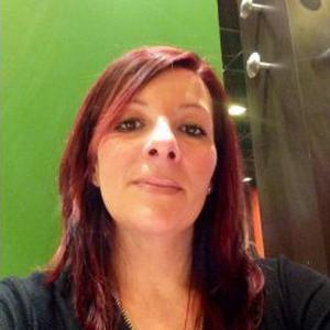 Céline, 35 ans, propose ses services en tant que Nounou
