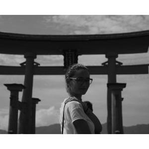 Simona, 28 ans, J'aime exprimer des émotions par le biais de la photographie. Montage Photoshop CC