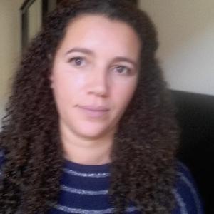 Lamia, 37 ans, propose ménage