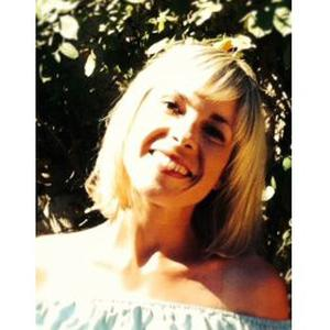 Angèle, 30 ans, propose ménage à Temps Partiel