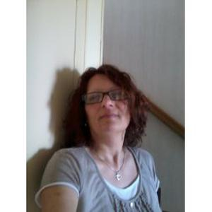 Nathalie, 49 ans, propose assistance administrative