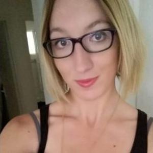 Cécile, 21 ans cherche des heures de ménage