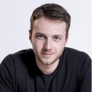 Dimitri, 21 ans, cours de dessin et de design pour profil débutant, intermédiaire et avancé.