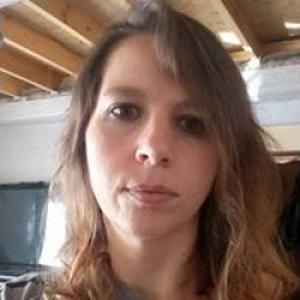 Astrid, 37 ans, propose services de Nounou à votre domicile