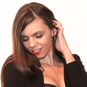 Jeune photographe de 25 ans passionnée propose ses services