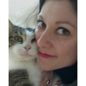 Emilie, 34 ans, pet-sitteuse propose ses services